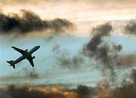 La venta de billetes de avión por Internet, fuente grave de abusos